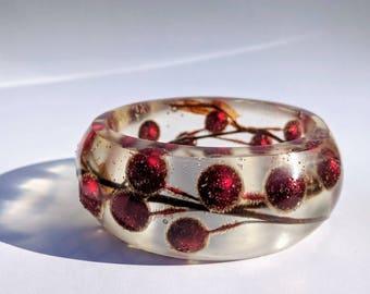Holiday sparkle Holly berry resin bracelet
