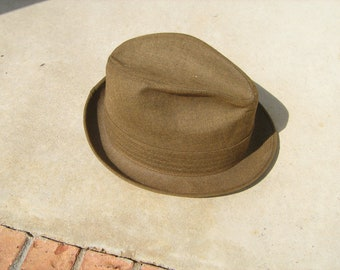 """Vintage mens brown fedora hat from Adams New York  size 7-3/8"""""""