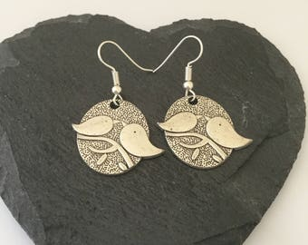 Lovebird earrings / bird earrings / bird jewellery / bird gift / animal earrings / animal jewellery / animal lover gift