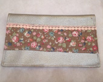 Door-checkbook beige faux leather, fabric with pink flowers and lace - idea gift mothers day