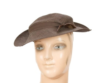 1930s Hat // Brown Straw Tilt Hat with Bakelite Bow