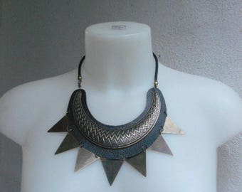 Ethnic half moon leather worked with insert and triangle bib necklace bronze