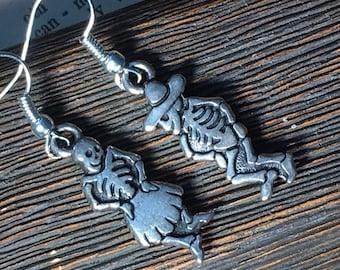 DAY Of The DEAD DANCERS earrings. Dio de Los Muertos, Dancing Skeletons, Gothic Earrings.