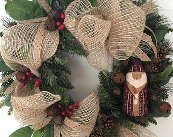 "20"" Vintage Santa Wreath"