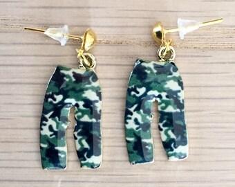 Enamel outfit pants camouflage earrings