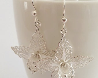 Beautiful Earrings White Orchids, Sterling Silver Earrings, Filigree Earrings, Floral Earrings, Orchid Earrings, Bridal Earrings, Gift Idea
