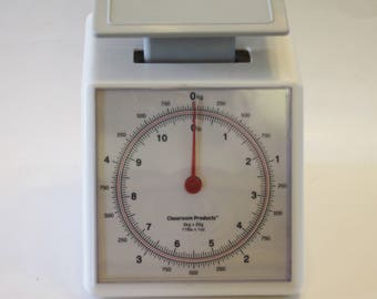 Vintage Scale - Classroom or Kitchen Scale