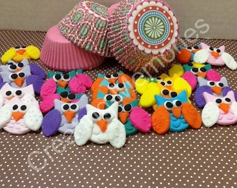 24 Fondant Owls /Cupcake Toppers Made of Vanilla Fondant you Choose the colors made to order