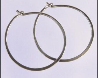 18 gauge niobium earrings: 1 inch diameter hoops small