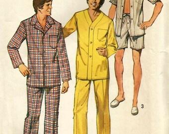 Vintage 70s Simplicity 5946 Mens Night Shirt Pajamas Sewing Pattern Size Large 42-44