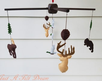 Forest friends baby mobile, Hunting baby mobile, Forest Nursery Decor