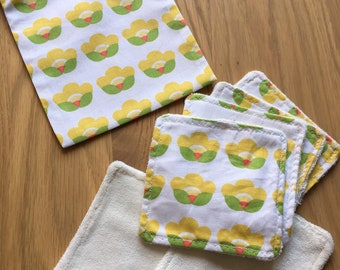 6 cleansing wipes with matching pouch