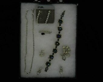 Vintage Jewelry Lot Necklace Pins Earrings Bracelet #604