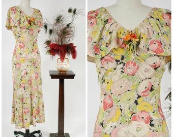 Vintage 1930s Dress - Summer 2018 Lookbook - Fresh Silk Poppy Print Floral 30s Bias Cut Dress with Caped Collar