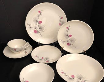 Canonsburg Wild Clover 7 Piece Place Setting by CANONSBURG/WILD Clover Canonsburg Steubenville - Wild Clover Pattern /Pink Pinecone