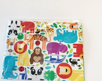 Zoo Jungle Gift Wrap Animal Print American Greetings Gift Wrap 1 Sheet All Occasion Wrapping Paper Lion Tiger Bears Party Packaging Supplies