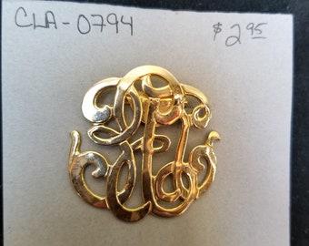 shoe clip w/ cursive lettering monogram