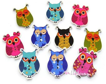 Set of 10 wooden decorated OWL embellishment scrapbooking.* buttons