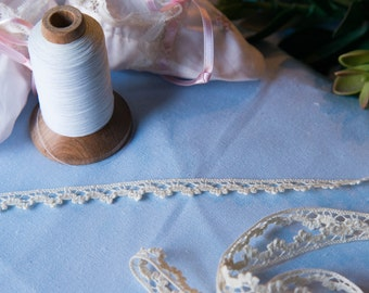 Spanish Lace Edging (LSP38INS013)