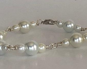 White Glass Pearl Bracelet