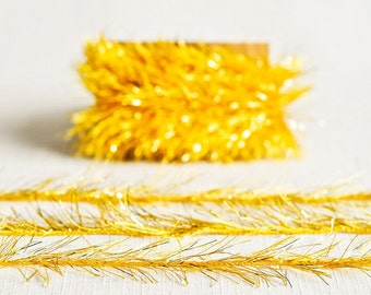 Tinsel Twine in Rich Yellow Gold - 6 Yards - Christmas Ribbon Cord Metallic Garland Pretty Packaging Gift Wrapping Wedding Party Decor