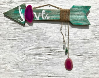 Love arrow with aura quartz, turquoise heart and pink agate.