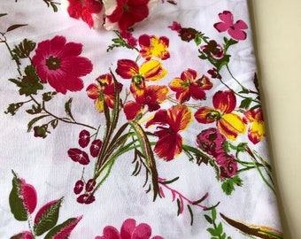 Floral Vines Print, Indian Cotton Fabric, by the yard, All over floral print, pink floral cotton, printed cotton textile, fashion fabric