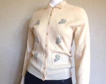 Vintage Cardigan / 1950s Cardigan / 50s Cardigan / Embroidered Cardigan / Floral Cardigan / Beige Cardigan / Tan Cardigan / Small Sweater