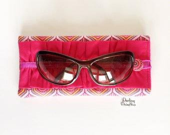 Pink Art Deco soft sunglasses case, glasses pouch, ruffled glasses case, ladies ruffled sunnies, padded glasses case