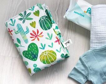 Cactus baby changing mat, portable travel nappy clutch, waterproof change pad, verzorgingsmatje - design by Heleen van den Thillart