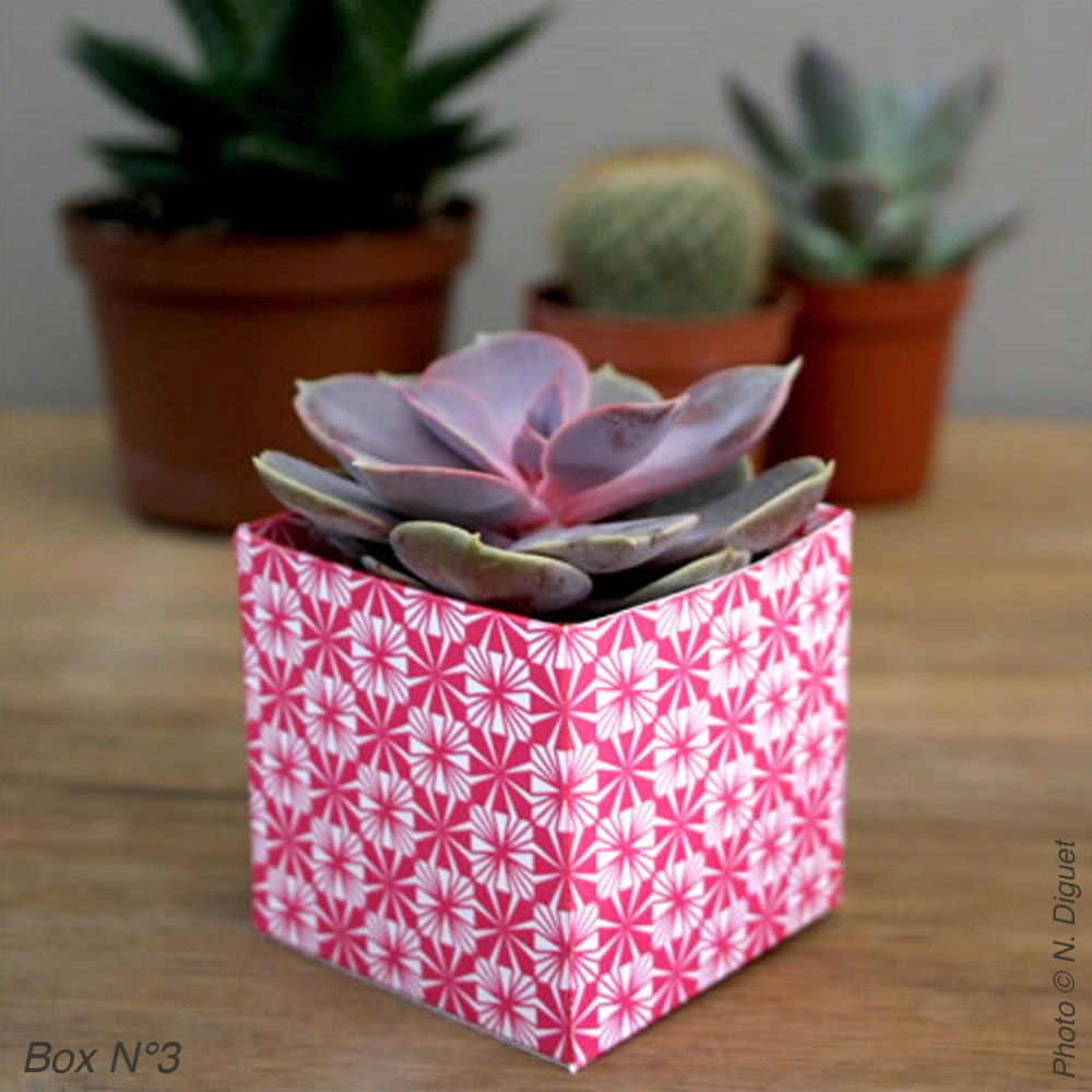 Small printable cube shape boxes hawaii red 3