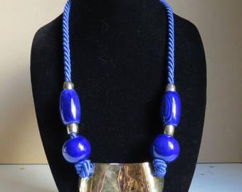 1980s blue rope necklace/ brass necklace/ vintage jewelry