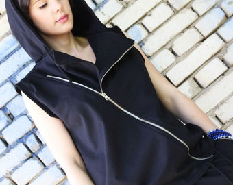 Asymmetric Black Hooded Top/ Extravagant Coat / Sleeveless Sport Top / Hooded Vest Fraktura V0002
