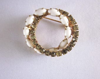 Double Ring Brooch