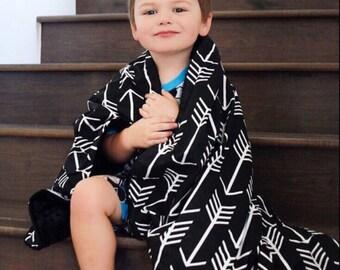 Baby Blanket Black Arrow. Tribal Baby Blanket. Gender Neutral Baby. Minky Baby. Baby Shower Gift. BizyBelle