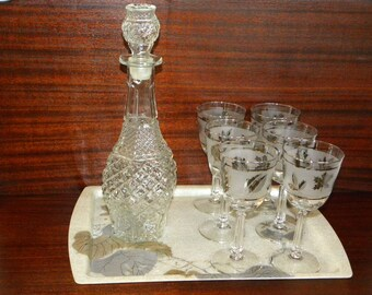 Vintage Wine Decanter Glasses Tray Bar Set - Clear pressed Glass decanter silver leaf Glasses on Silver Gold leaves Tray for 6 - mid century