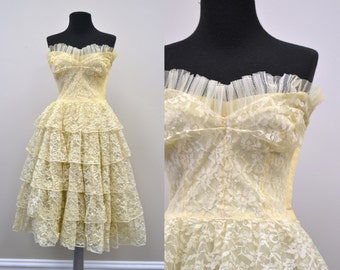1950s Cream Lace Tiered Dress
