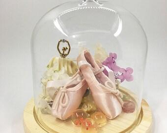 Mini-pointe shoe glass bottle decor