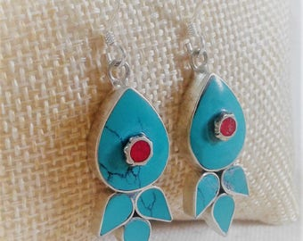 Ethnic earrings fish