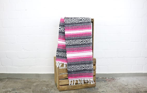Solid woven Navajo blanket from Mexico Sarape 180 x 70 cm berry