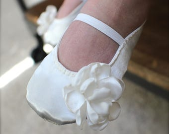 Ivory or White Satin Baby Girl Shoes with Flower - Ballet Flats - Toddler Girl Shoes - Christening, Baptism Shoes - Flower Girl Shoes