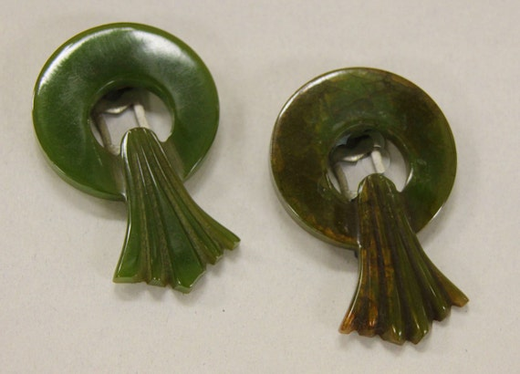 Vintage Deco Bakelite Carved Dress Clip Set