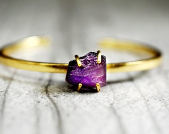 Gold plated Amethyst bangle