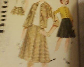 Butterick 2372 - Girls Overblouse, Jacket and Skirt Size 10yrs