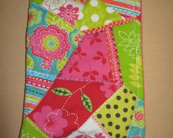 Quirky Quilt Nook Glowlight or Nook Glowlight plus Zippered device only cover