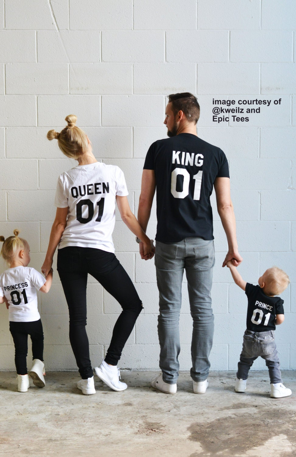 king queen prince princess 01 father mother daughter son. Black Bedroom Furniture Sets. Home Design Ideas