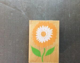 Hero Arts Bold Ruffled Flower