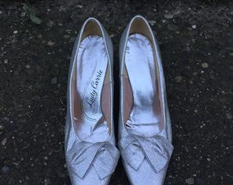60s Silver Metallic Pumps. 1960s Sparkley Women's Heels. Lady Carrie. Size 8.