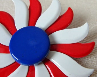 Vintage 1960s RWB Mod Flower Brooch 60s Patriotic Flower Pin