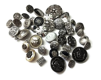 Lot of silver vintage shank sewing buttons
